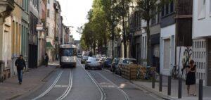 Biler og sporvogne i Antwerpens gader